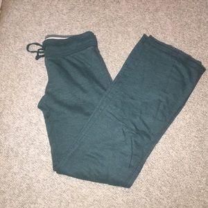 Green sweatpants size small
